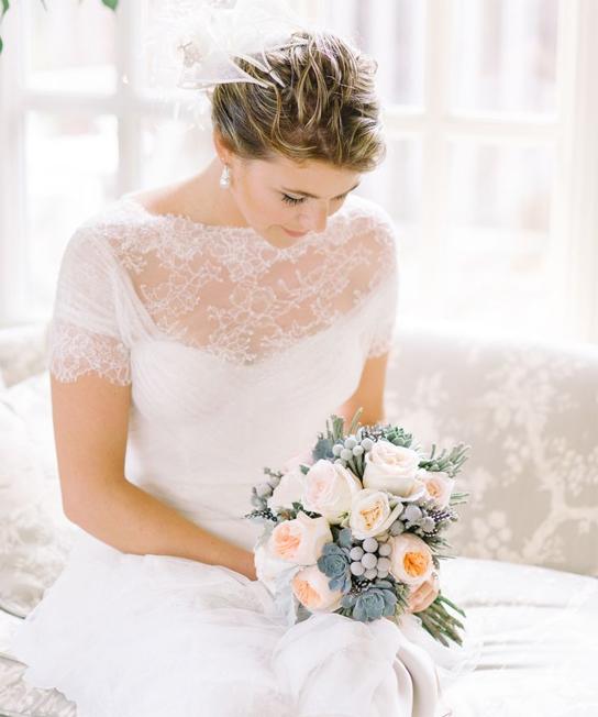 https://www.preownedweddingdresses.com/dresses/view/144739/Monique-Lhuillier-Delilah-Size-6.html