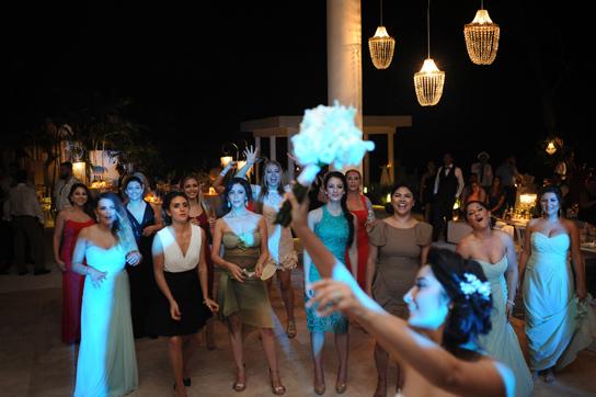 Real Weddings   PreOwnedWeddingDresses.com