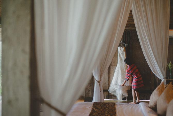 Ines Di Santo Damaris | PreOwnedWeddingDresses.com
