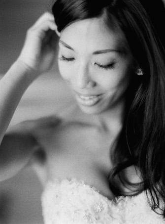 Monique Lhuillier | PreOwnedWeddingDresses.com