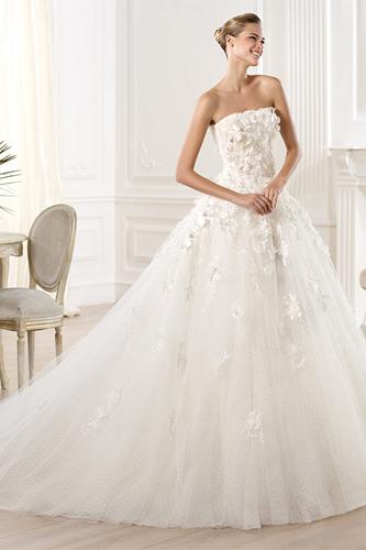 Elie saab mensa wedding dress