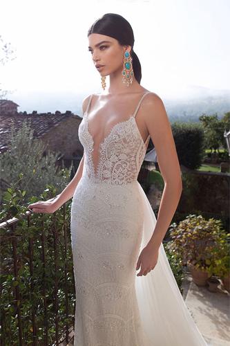 Berta 15-18 wedding dress