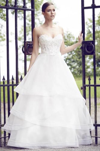 Paloma Blanca 4555 wedding dress