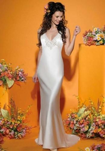 Winnie Couture 2102 wedding dress