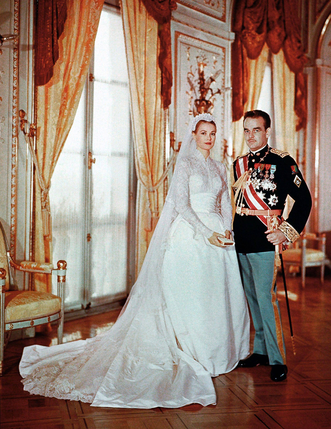10 Iconic Wedding Dresses   PreOwnedWeddingDresses.com