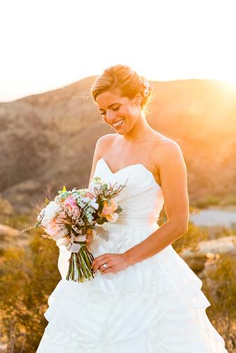 Wedding Updos   PreOwnedWeddingDresses.com