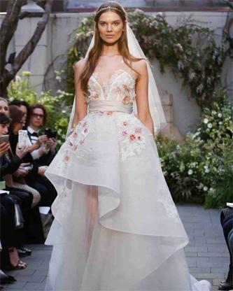 Monique Lhuillier Spring 2017 Bridal  | Wedding Dresses