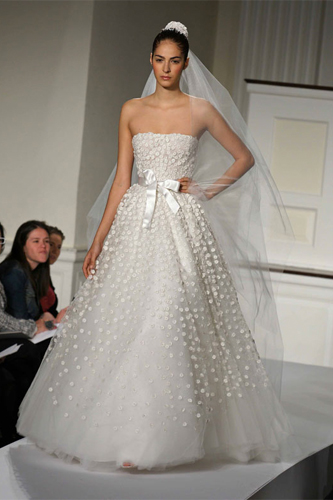 oscar de la renta 92e27 wedding dress