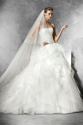 Pronovias Belia wedding dress