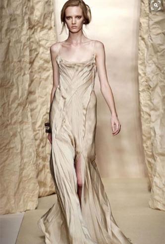 Donna Karan Wedding Dress