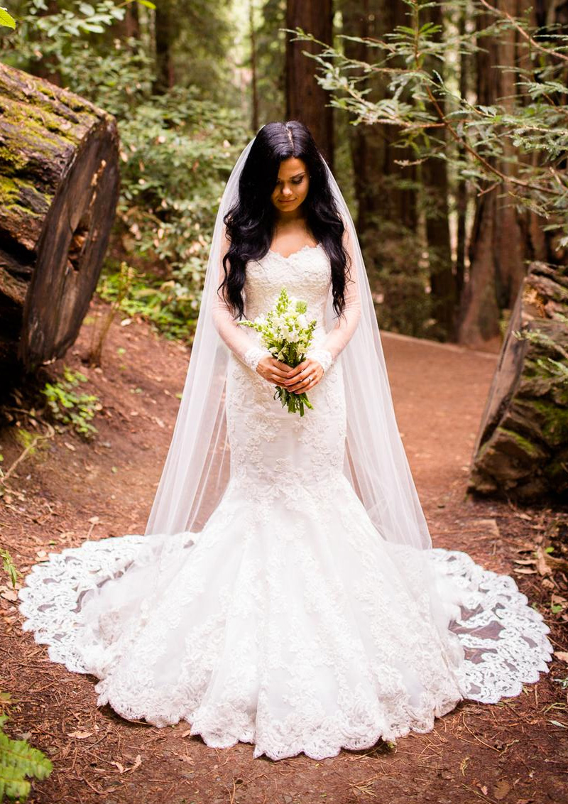 Be Timeless In These Beautiful Wedding Dresses | PreOwned Wedding ...