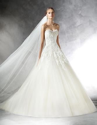 Pronovias Prasa wedding dress for sale