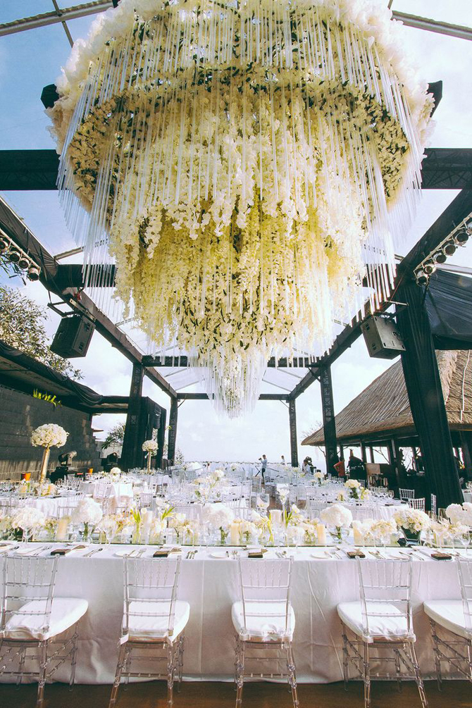 Picture Perfect Floral Chandeliers | PreOwnedWeddingDresses.com