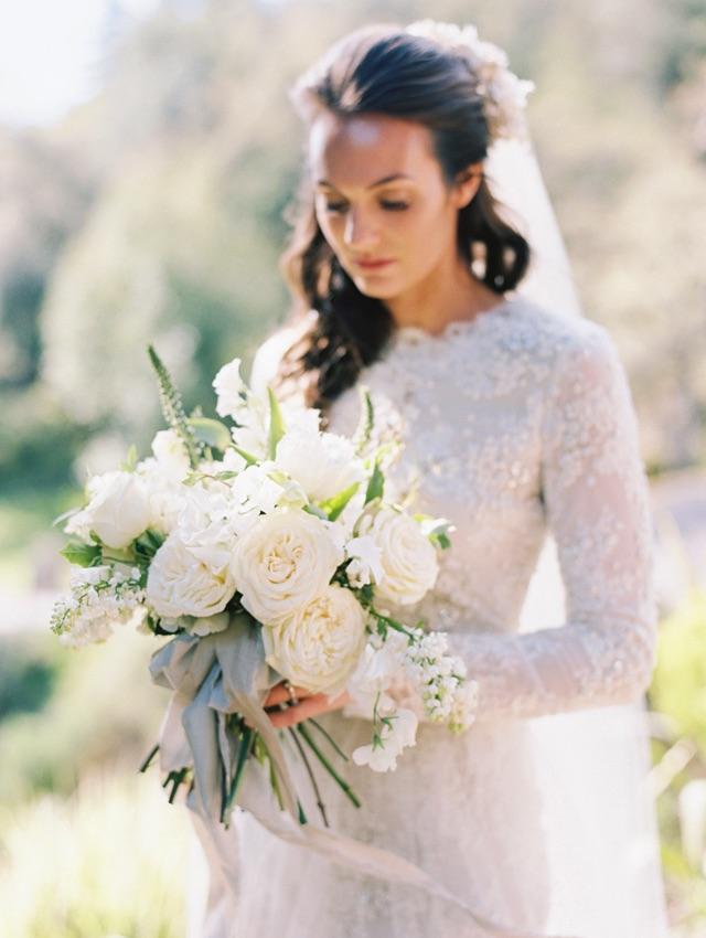11-bride-bouquet.jpg