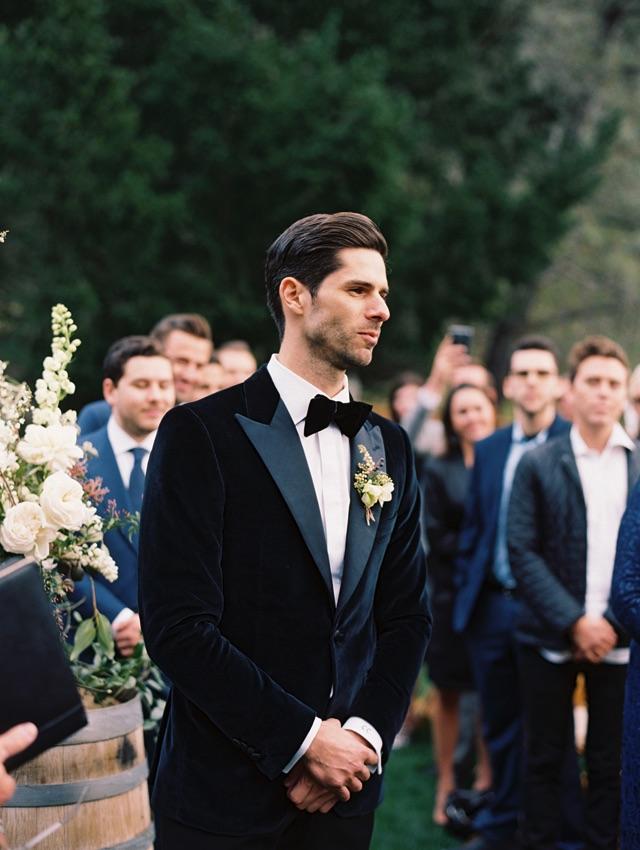 18-groom-waiting-ceremony