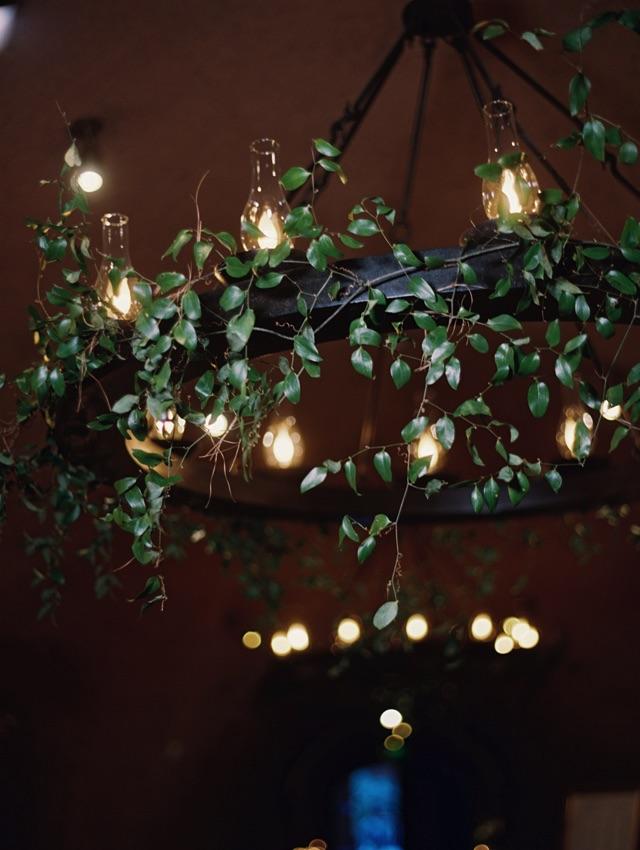 31-reception-chandelier-greenery