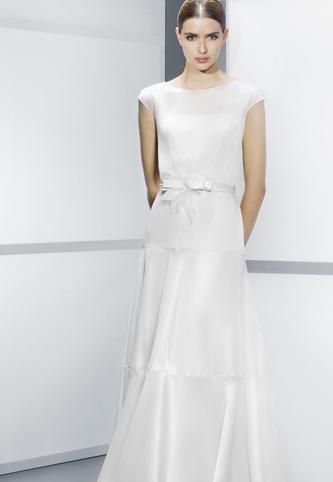 Jesus Peiro Wedding Dress | PreOwnedWeddingDresses.com