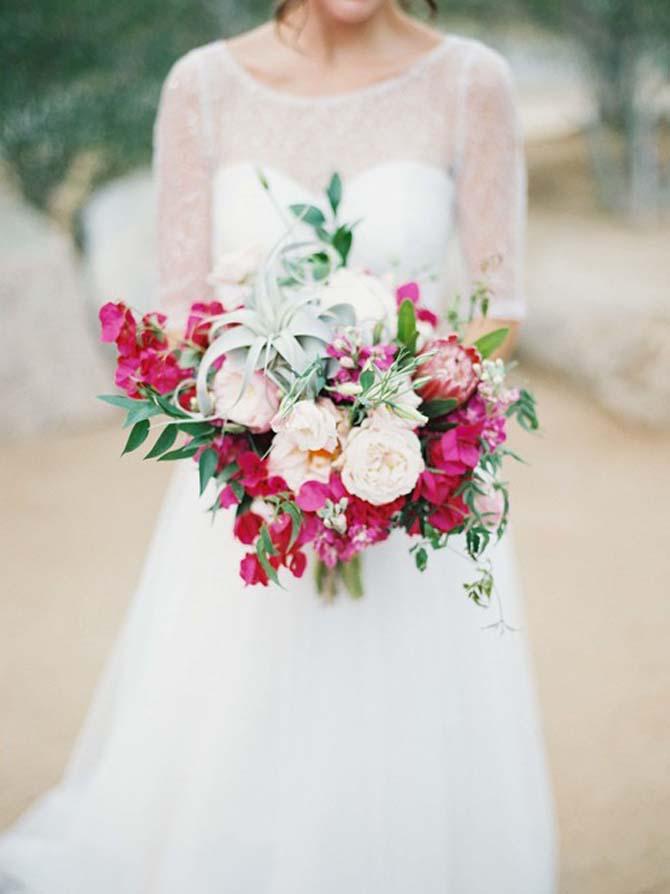 Hot Pink Bridal Bouquets   PreOwnedWeddingDresses.com