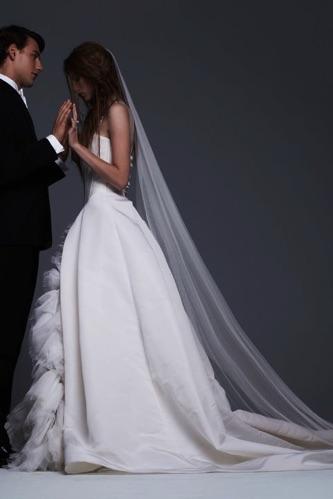 Vera Wang Fall 2017 wedding gowns