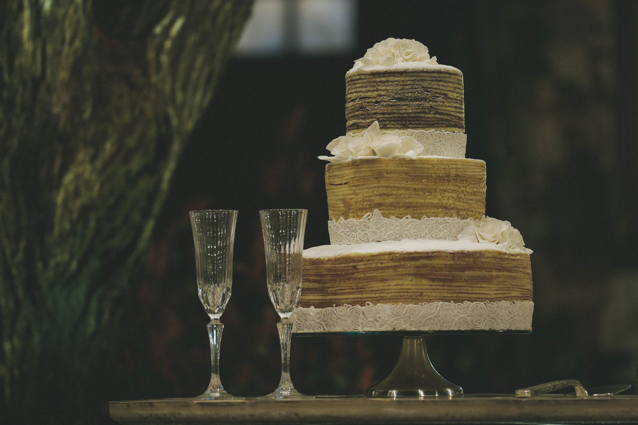 Clever ways to display your cake.