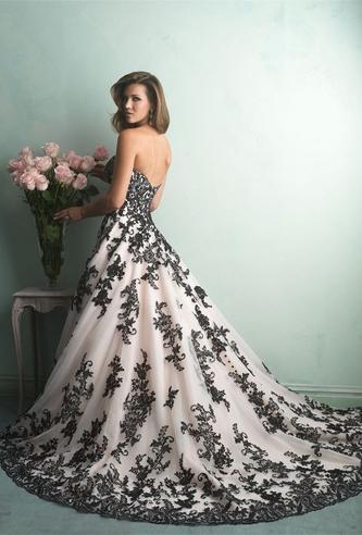 Allure 9150 wedding dress | PreOwnedWeddingDresses.com
