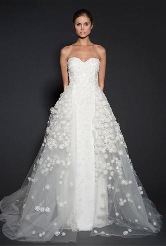 Naeem Khan Montreal wedding dress |PreOwnedWeddingDresses.com