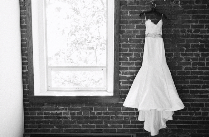 The best time to sell a used wedding dress