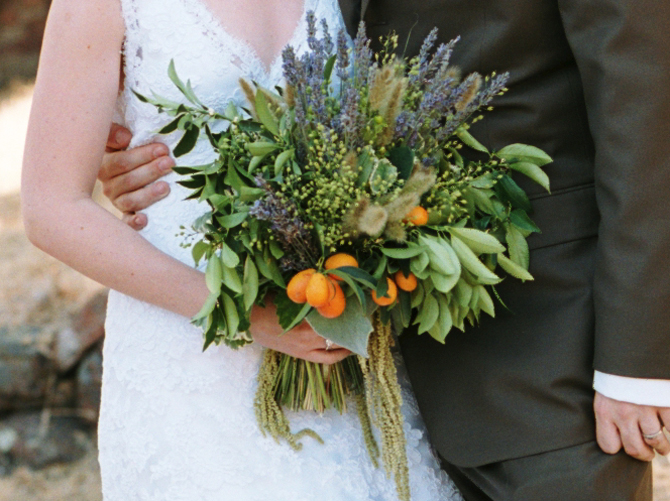 5-budget-friendly-wedding-bouquet-ideas