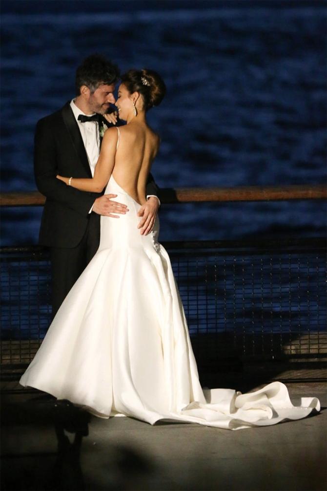 Sharleen joynt wedding dress