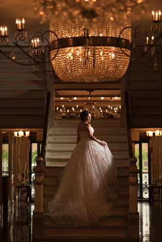 YSA Makino Real Wedding From Zetography   PreOwnedWeddingDresses.com