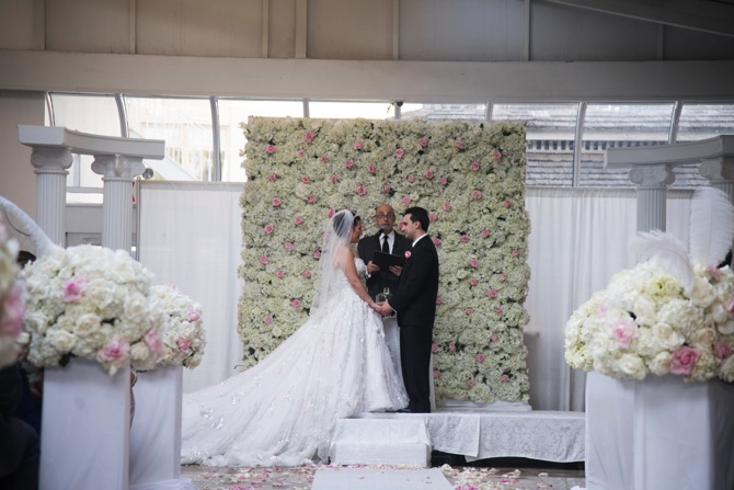 YSA Makino Real Wedding From Zetography | PreOwnedWeddingDresses.com