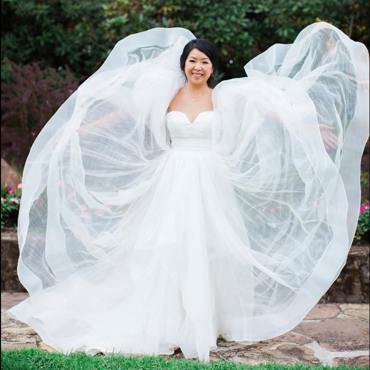 Preowned Wedding Gown: Worn Your Wedding Dress? Here's Why You Should Have It