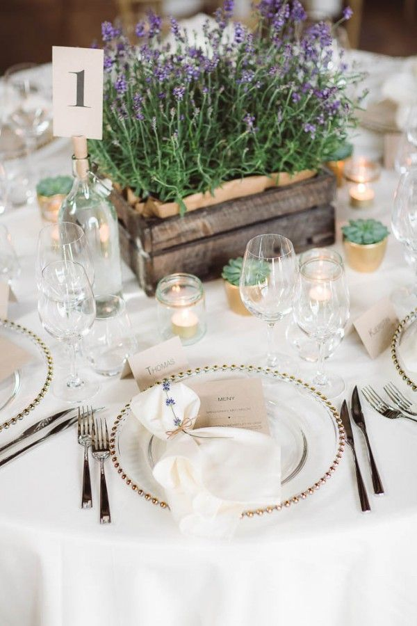 14 Rustic Wedding Table Decorations We Love