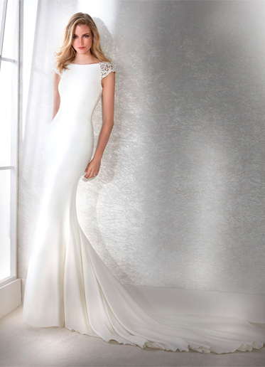 White One Fiana Wedding Dress