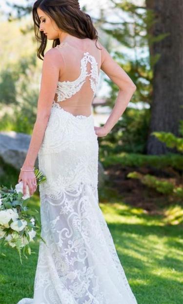 Lian Rokeman wedding dress