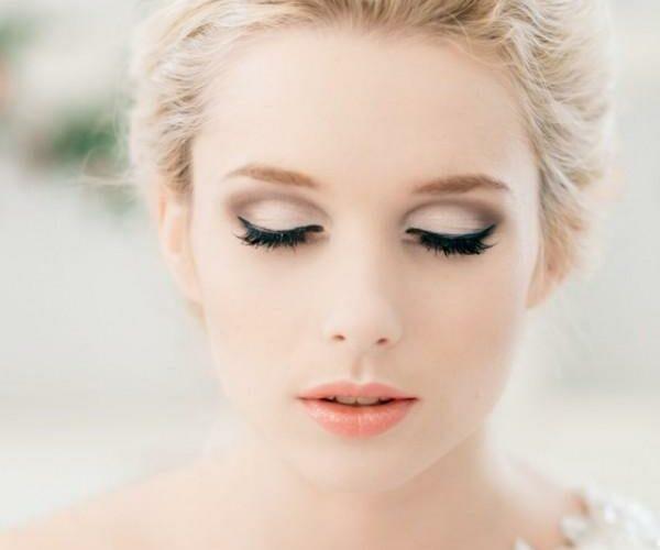 natural lip with glam eyeliner bridal makeup