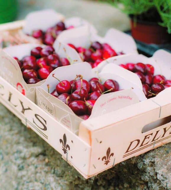 fresh fruit cartons for wedding favors