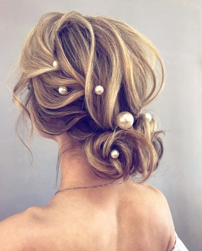Large pearl hairpin accessory