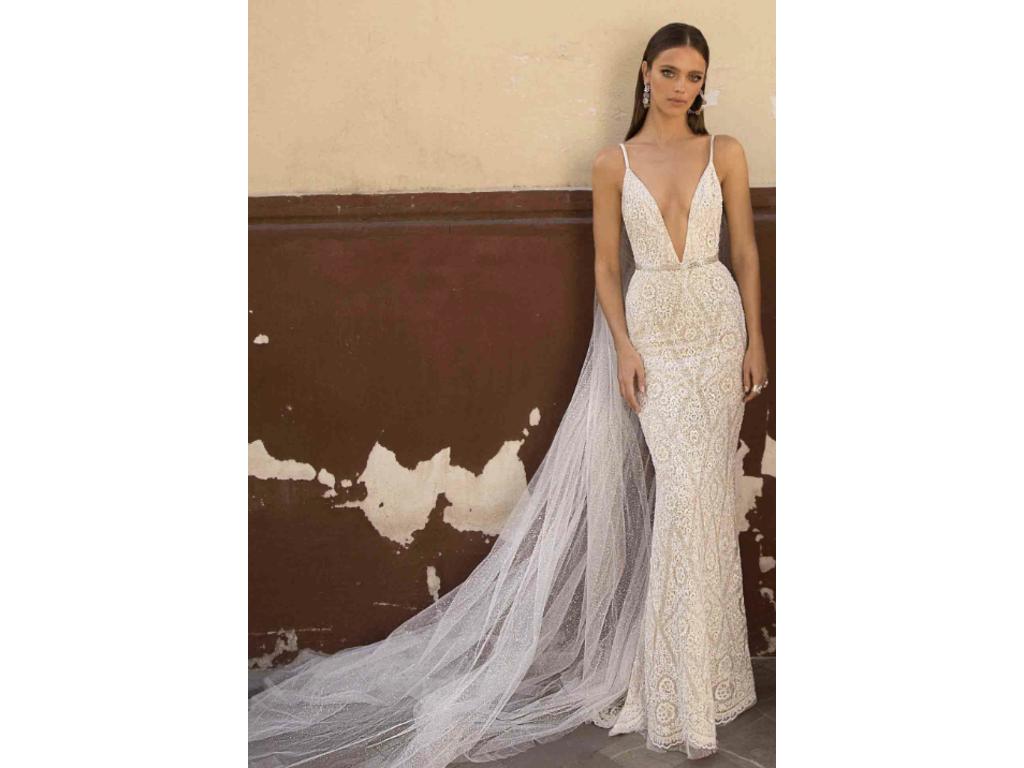 Berta 18-125 wedding gown