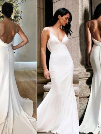 Dress feature trumpet wedding dress