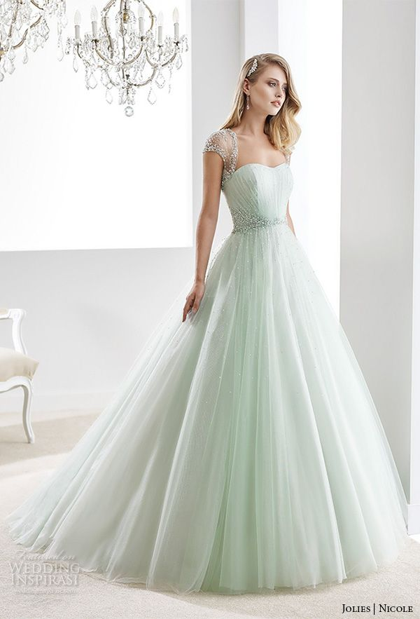 Gorgeous Green Wedding Gowns For The Unique Bride  PreOwned