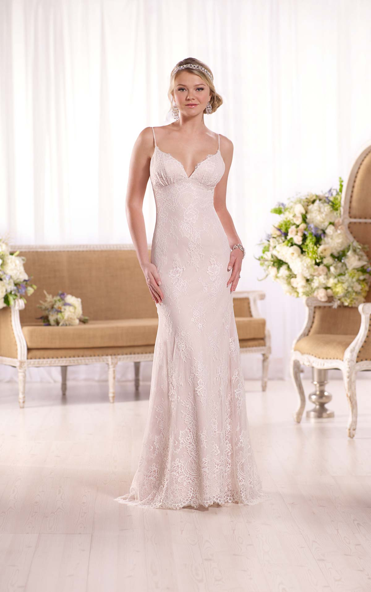 Peek at wedding gowns from essence of australia 39 s gorgeous for Essence australia wedding dresses