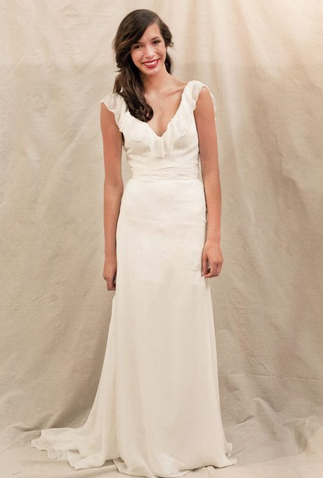 anemone-ivy-and-aster-wedding-dress-primary