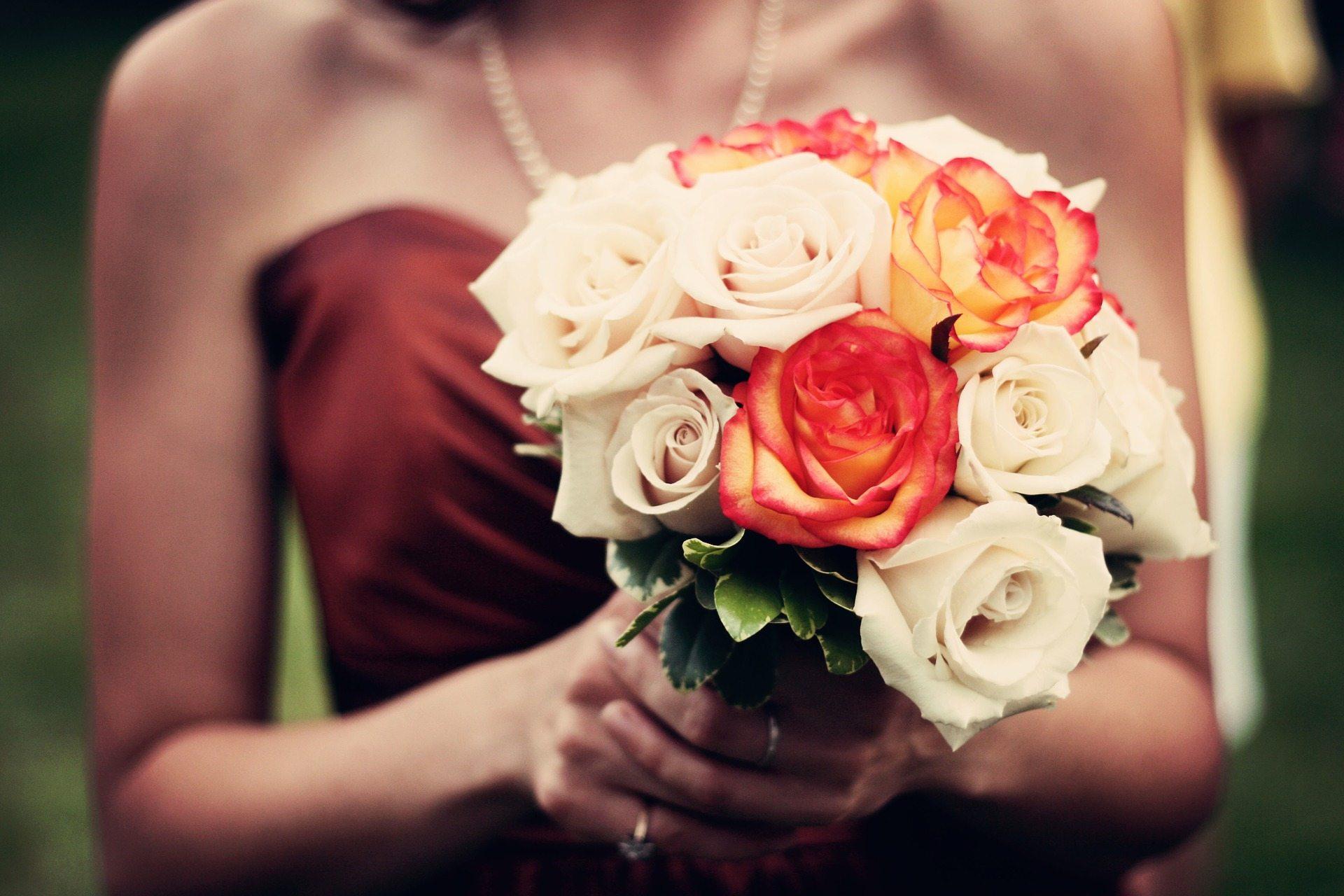 bouquet-1246307_1920