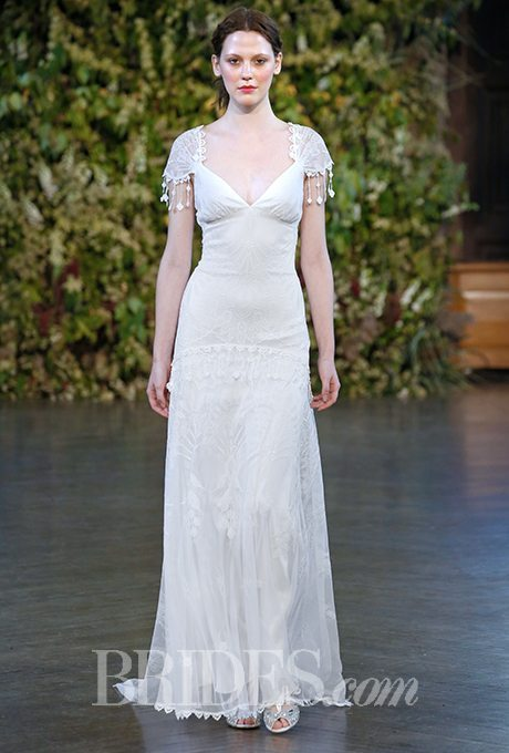 Destination Wedding Gowns with Vintage Charm