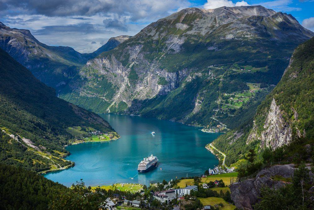 idotaketwocom-geiranger_fjord-57502730556ce