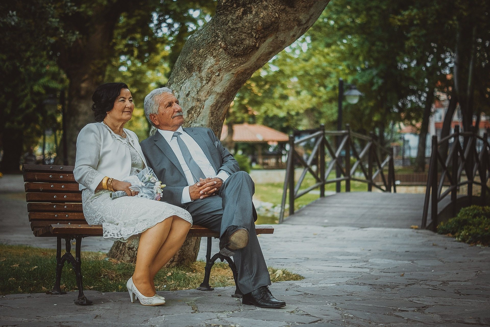 5 Wedding Gift Ideas That Are Perfect For Older Couples Second